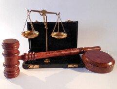 """Канадцы подали в суд на правительство Канады, чтобы отменить """"обязательный карантин"""""""
