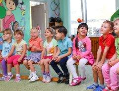 В Ванкувере появится 2300 новых мест по уходу за детьми в школах