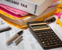 Канадцы могут получить $400 налогового вычета за работу из дома во время пандемии