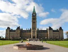 Правительство Канады не хочет выплачивать компенсации за дискриминацию