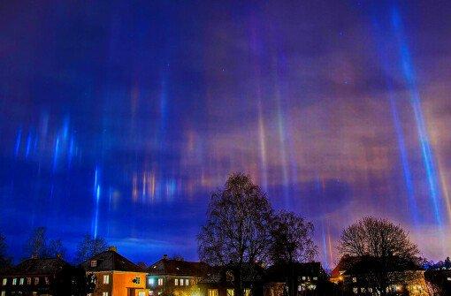 Чудо природы - Световые столбы в Канаде (ФОТО + ВИДЕО)