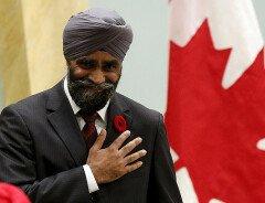 Факты о сикхском министре обороны Канады, чьё назначение взорвало интернет