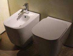 Нехватка туалетной бумаги в магазинах Канады увеличила спрос на биде
