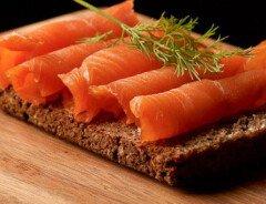 Канадское агентство по инспекции пищевых продуктов объявило о проблеме содержания листерии в копчёном лососе