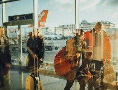 Трюдо: летом канадцы смогут начать путешествовать за границу