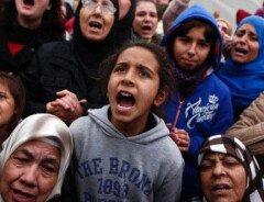 Канада примет беженцев, которых не пустили в США