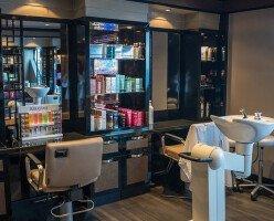 Канадские парикмахеры не хотят первыми начинать работу после карантина