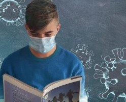 В Британской Колумбии школьный персонал и ученики будут обязаны носить маски