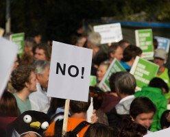 Протесты индейцев против газопровода распространились по всей Канаде