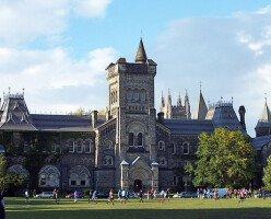 В Канаде с 1 октября возобновятся платежи по студенческим кредитам