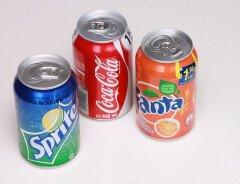 Почему в Канаде не хватает газированных напитков в банках?