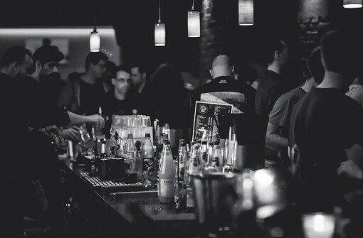 В Британской Колумбии вступил в силу закон о ночной жизни: за несоблюдение штраф $2000