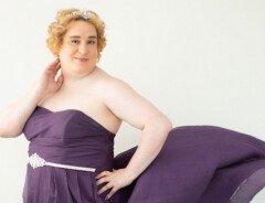 Суд отклонил жалобу трансгендера из Британской Колумбии на отказ в восковой эпиляции