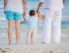 Либералы обещают увеличить Канадское пособие на ребенка