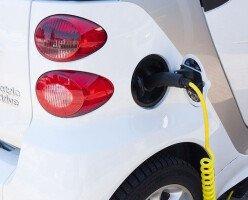 В Британской Колумбии владельцы электромобилей получат скидку в 50% на зарядные станции
