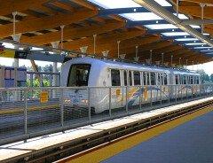 На всех станциях SkyTrain установят LED мониторы со временем ожидания вагона
