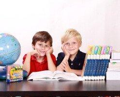 Родители Британской Колумбии подписывают петицию о необязательном посещении школы
