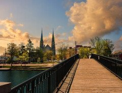 Статистика: рекордное количество канадцев уезжают из крупных городов