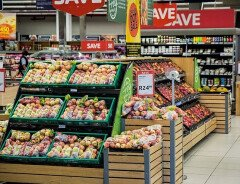 За 20 лет цены на продукты в Канаде выросли на 240%