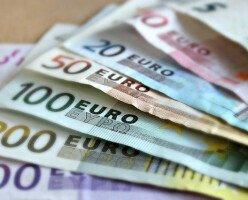 Некоторые канадцы, обратившиеся за фед. помощью, получили $4000 вместо $2000