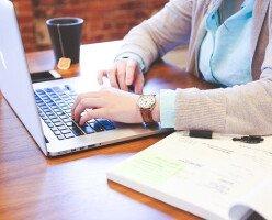 Студент канадского университета узнал, что его онлайн-курс вел покойный профессор