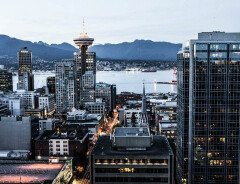 В Ванкувере и пригородах падает оценочная стоимость жилья