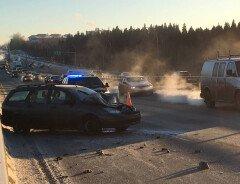 Из-за сильных морозов в Эдмонтоне случилось 75 аварий за 4 часа