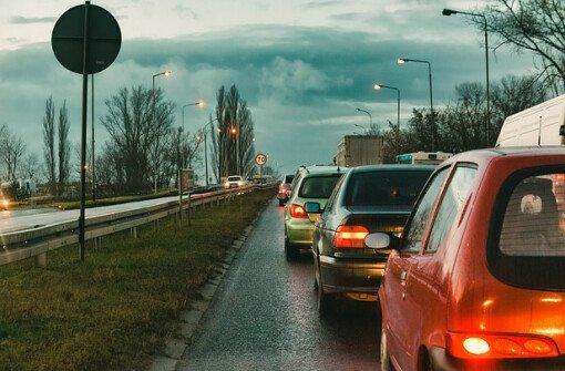 Страховая корпорация Британской Колумбии (ICBC) внедряет новую модель страхования на основе оценки водителя