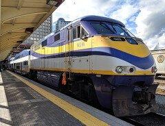 TransLink сокращает обслуживание автобусов, SeaBus и West Coast Express