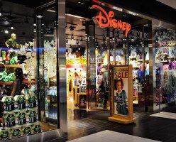 Disney закрывает все свои магазины в Канаде и большинство — в США