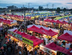 Вечерние летние ярмарки в Ванкувере