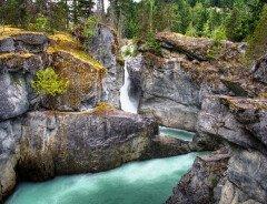 Водопады Нэрн (Nairn Falls)