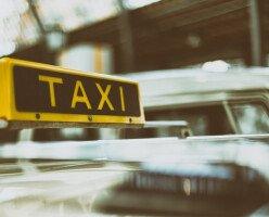 Таксопарки объединяются в суде, чтобы не допустить сервисы совместных поездок в Британскую Колумбию