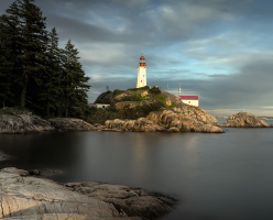 Парк Лайтхаус (Lighthouse Park)