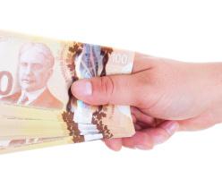 Канада планирует экспериментировать с выдачей безвозмездных сумм населению