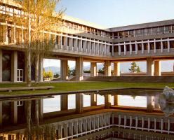 Университет SFU занял первое место в рейтинге университетов Канады