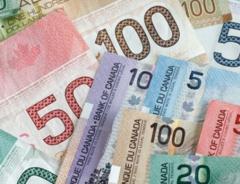 Минимальную зарплату в Онтарио поднимут до $15 в час
