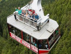 Теперь на гору Грауз можно добраться не только внутри, но и на крыше кабины подъёмника