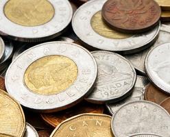 Согласно опросам, канадцы взволнованы низкими ценами на нефть и ослаблением доллара