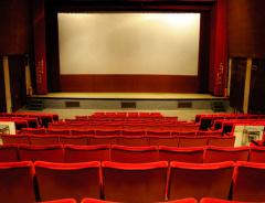 Смотреть кино в Канаде теперь станет дешевле