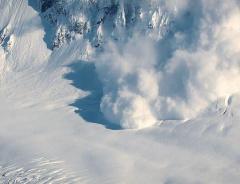 Дальнейшие снегопады могут вызвать сильные лавины на южном побережье острова Ванкувер