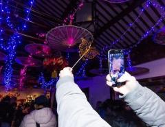Праздник волшебных фонарей в Китайском саду