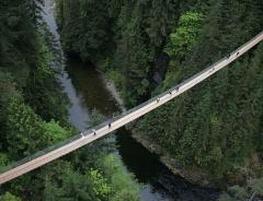 Висячий мост Капилано в Ванкувере(Capilano Suspension Bridge)