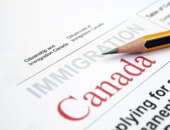 Телефонные мошенники обманывают новоиспечённых канадцев на волне появления закона о «двух классах гражданства»