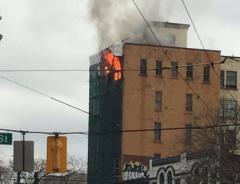 В историческом здании, расположенном на West Hastings, разыгрался сильный пожар