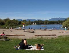 Купание на озере Траут (Trout Lake) временно запрещено