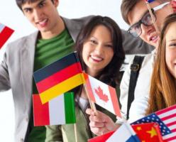 Канадское правительство обеспокоено тем, что университеты «держатся» на выплатах иностранных студентов