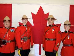 Теперь, люди не имеющие канадского гражданства, могут работать полицейскими