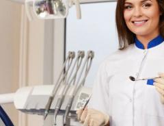 Сколько стоят услуги дантиста в Канаде?