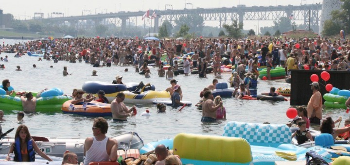 Фото Port Huron Float Down/Facebook